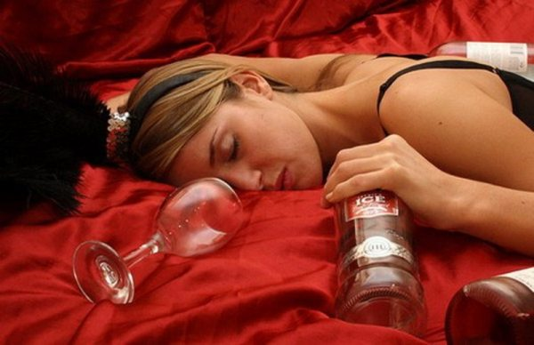 Алкогольная амнезия, основные причины ее возникновения после приема спиртного
