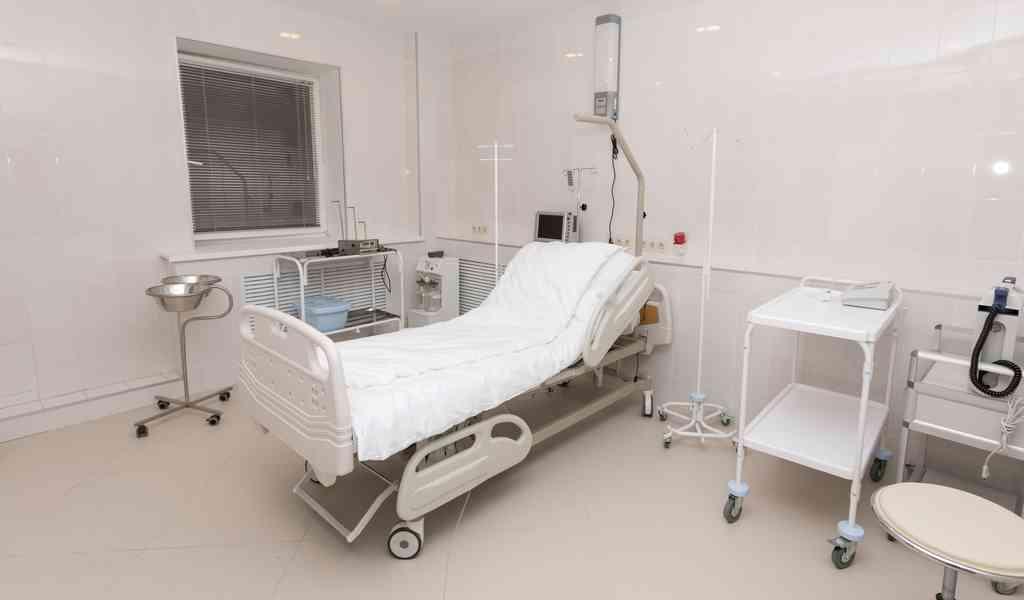 Различия наркологической клиники и реабилитационного центра