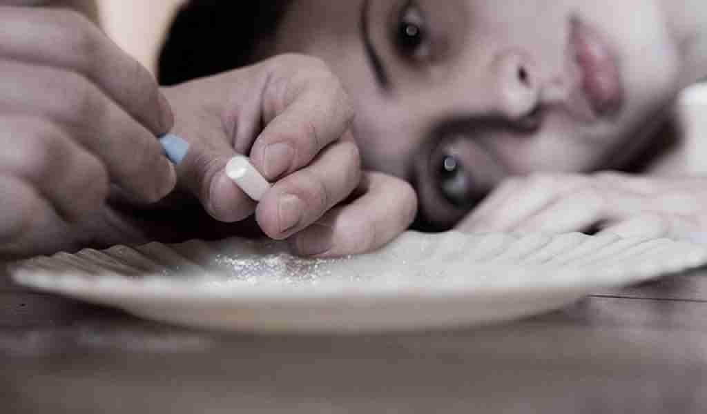 Сколько в моче держатся наркотические вещества?